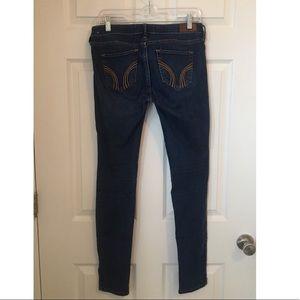 Hollister Super Skinny Low Rise Dark Wash Jeans 5L